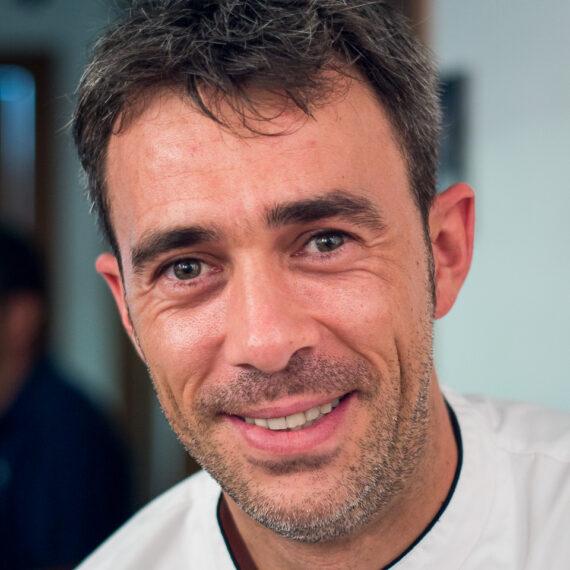 Portrait photography news and features: Alberto Andres, owner of El Rincón de Alberto, a restaurant in Logroño, Rioja, Spain.