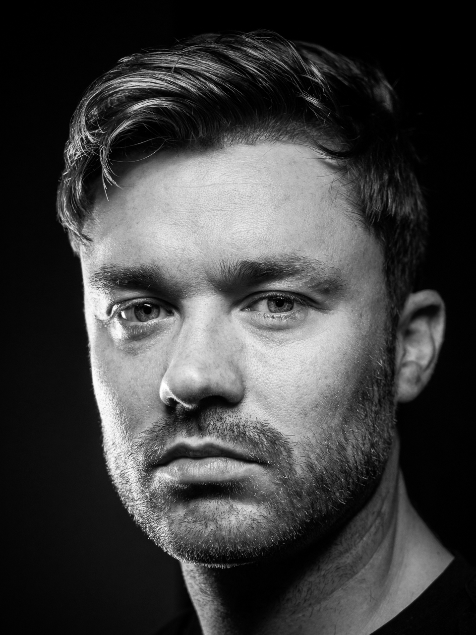 Ross Goold head shot by Andy Wasley: https://andywasley.com